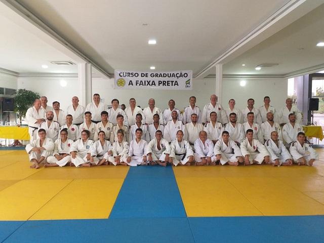 Atletas do Judô Para Todos conquistam faixa preta em Exame da FJMS em Campo Grande