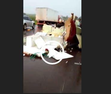 Acidente entre caminhão e viatura de resgate mata bombeiro na MS-162