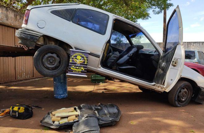 Veículo guinchado que seguia com maconha para São Paulo foi apreendido pelo DOF durante a Operação Hórus