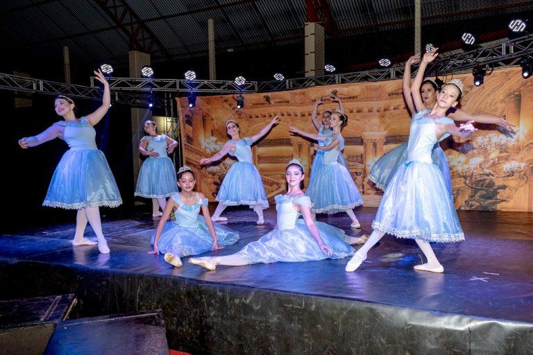 """Instituto Pequeno Cidadão e Studio Mover realizam espetáculo """"Era uma vez"""" em Maracaju"""