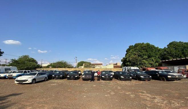 144 lotes de veículos e sucatas serão leiloados nesta terça-feira