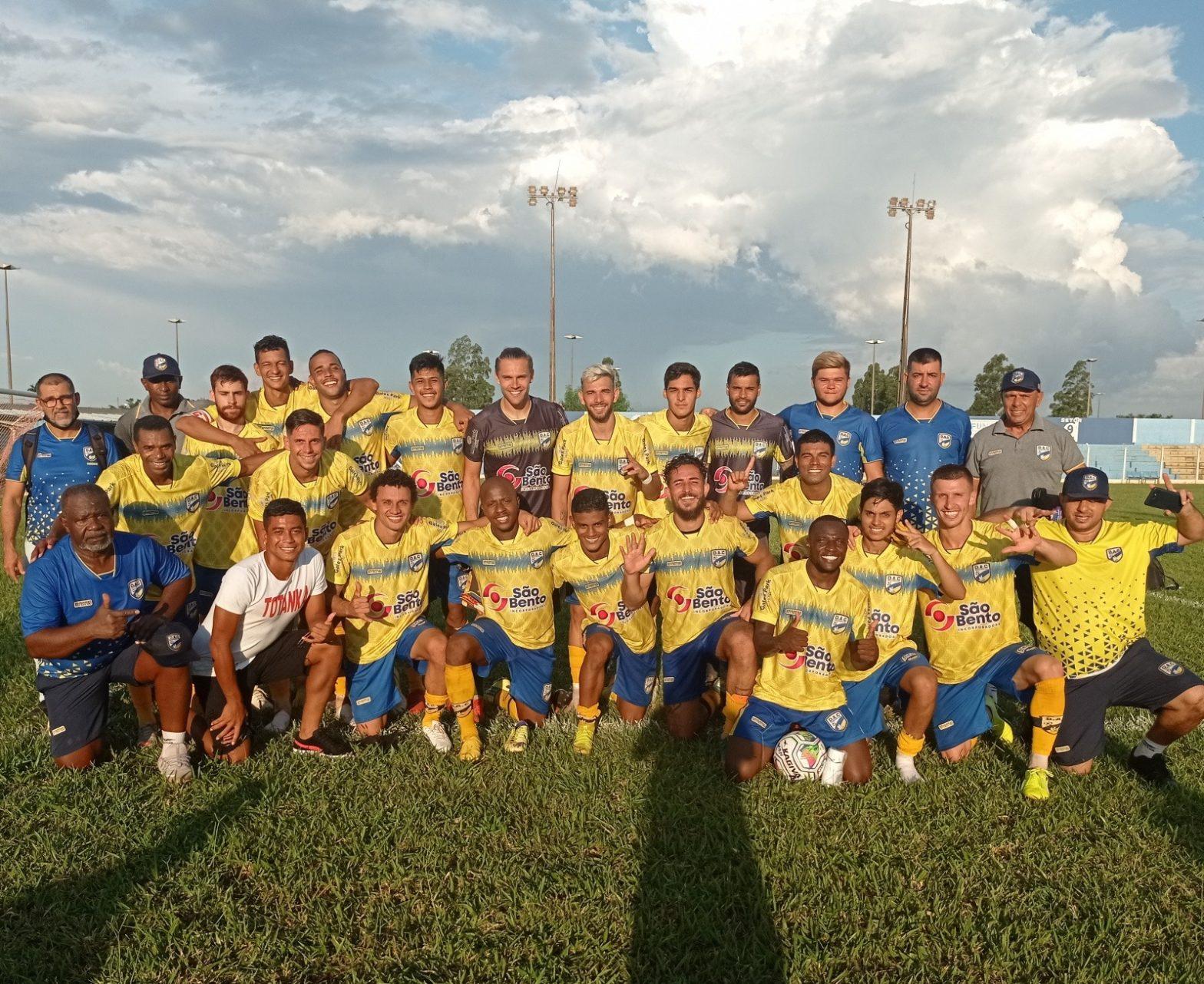 Dourados vence de 5×0, fica com o título e avança para Série A do Estadual