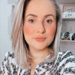 Luciana Azambuja: Há 18 anos na área de comunicação, apaixonada por mídia e pela mente de consumidor.