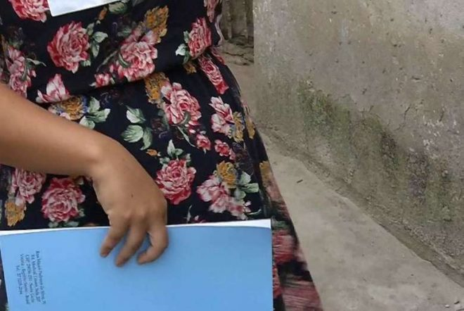 Grávida permite ex-mulher do marido morar na casa e esposo volta com ela