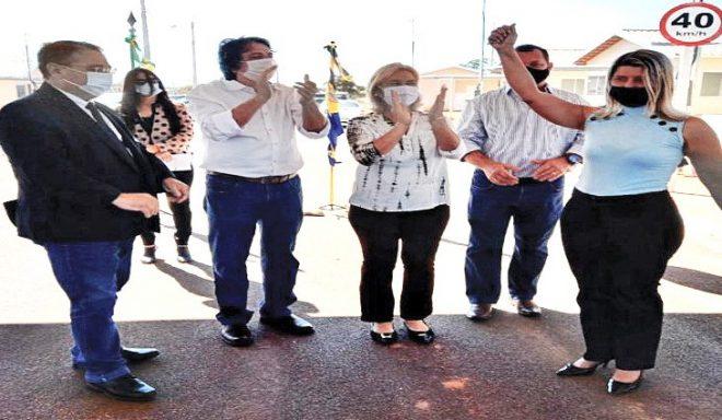 Governo do Estado entrega 76 moradias populares em Ribas do Rio Pardo
