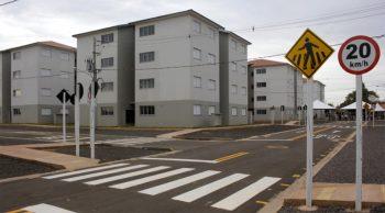 Entrega-de-Aptos.-no-Armando-Tibana-Foto-Chico-Ribeiro-3-350x194