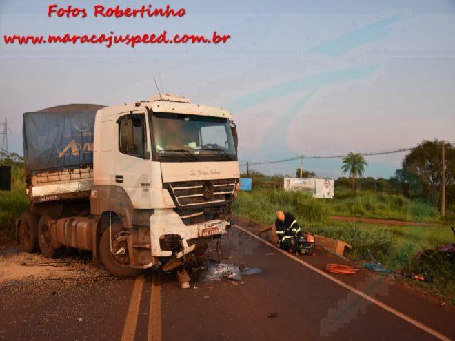 maracaju-corpo-de-bombeiros-atendem-acidente-de-colisao-frontal-de-carro-de-passeio-com-carreta-na-br-267-168312-2-1618052801