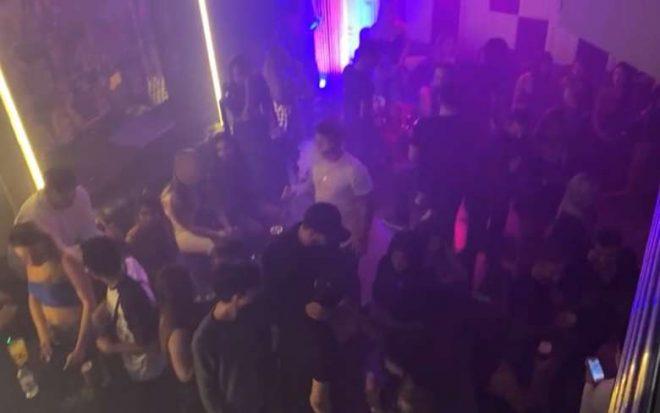 Pelo 2º dia seguido, boate em Goiânia é fechada por festa com cerca de 500 pessoas