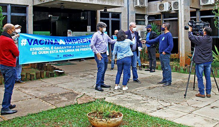 Jornalistas do MS reivindicam vacinação para a categoria em manifestação nacional