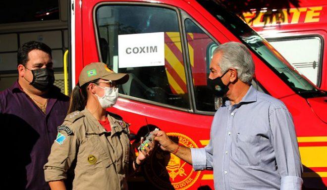 Com investimento R$ 2,9 milhões, governador entrega 10 viaturas de resgate para o Corpo de Bombeiros