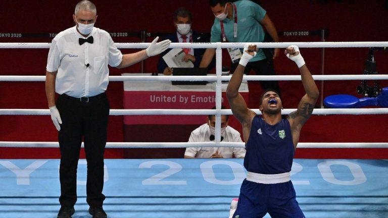 Resumo das Olimpíadas: medalha no boxe e futebol feminino eliminado