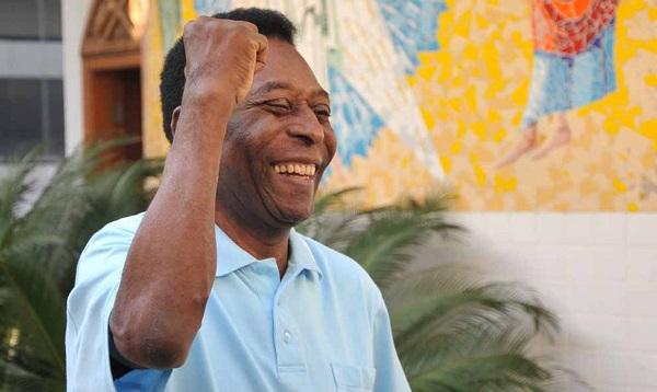 Pelé tem alta da UTI e segue em recuperação