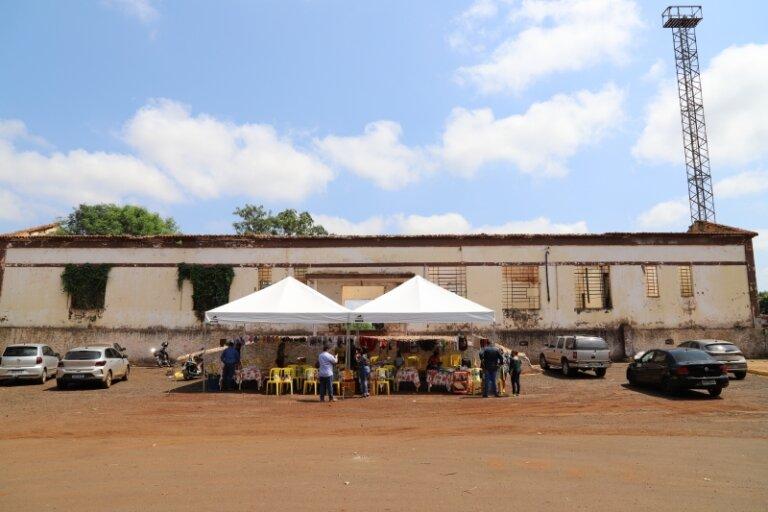 Organizada pela Fundação de Cultura, Feira de Artesanato movimenta região e aquece economia dos artesãos de Maracaju.